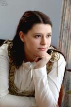 Model: Miranda Richardson