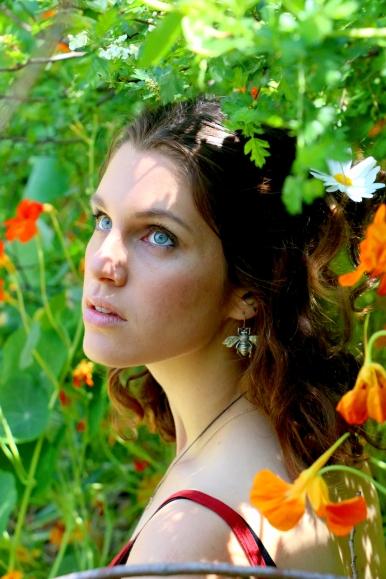 Model: Michelle Hassam